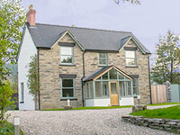 North Wales Luxury Cottage for Large Gatherings