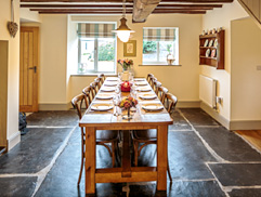 Cilan Farmhouse Dining Room