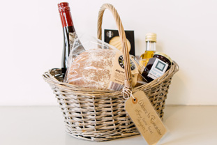 Rivercatcher Dining Welcome Basket